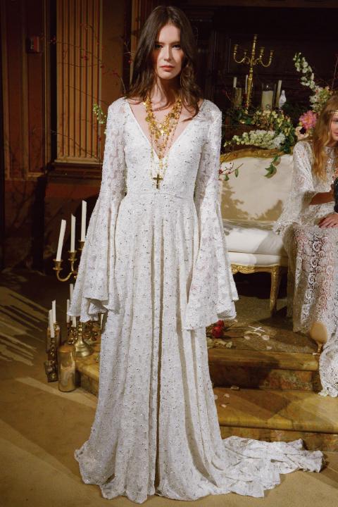 단 한 벌의 드레스