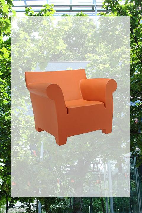 숲 속의 의자
